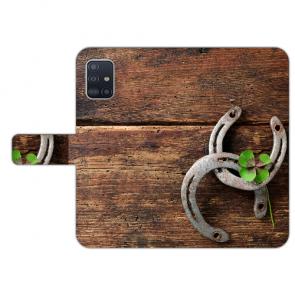 Samsung Galaxy A51 Handy Hülle mit Bilddruck Holz hufeisen