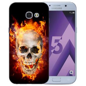 Samsung Galaxy A3 (2017) Silikon Hülle mit Bilddruck Totenschädel Feuer