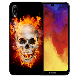 Huawei Y6 (2019) Silikon TPU Hülle mit Bilddruck Totenschädel Feuer