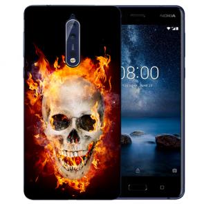 Nokia 8 TPU Hülle mit Fotodruck Totenschädel Feuer Etui