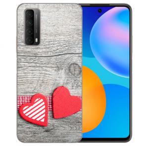 individuelle Schutzhülle mit Foto Bild für Huawei P Smart 2021 mit Herzen auf Holz